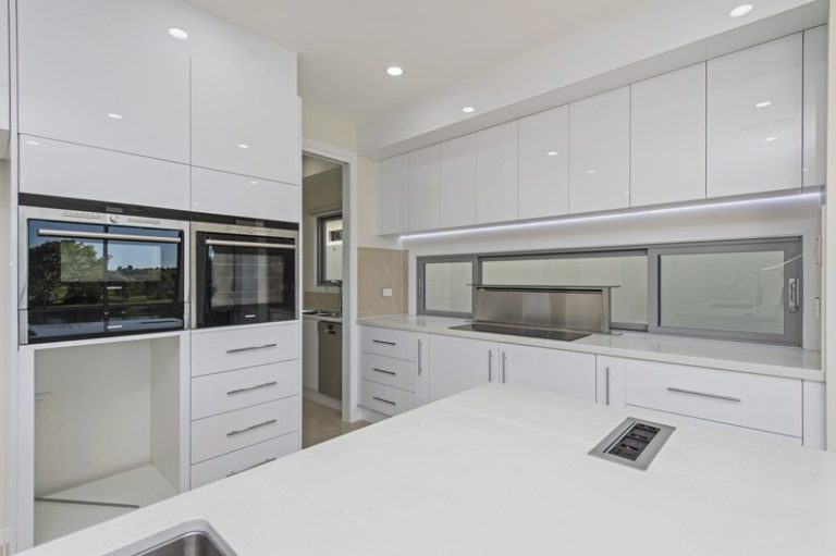 Seven practical tips to consider when designing a kitchen